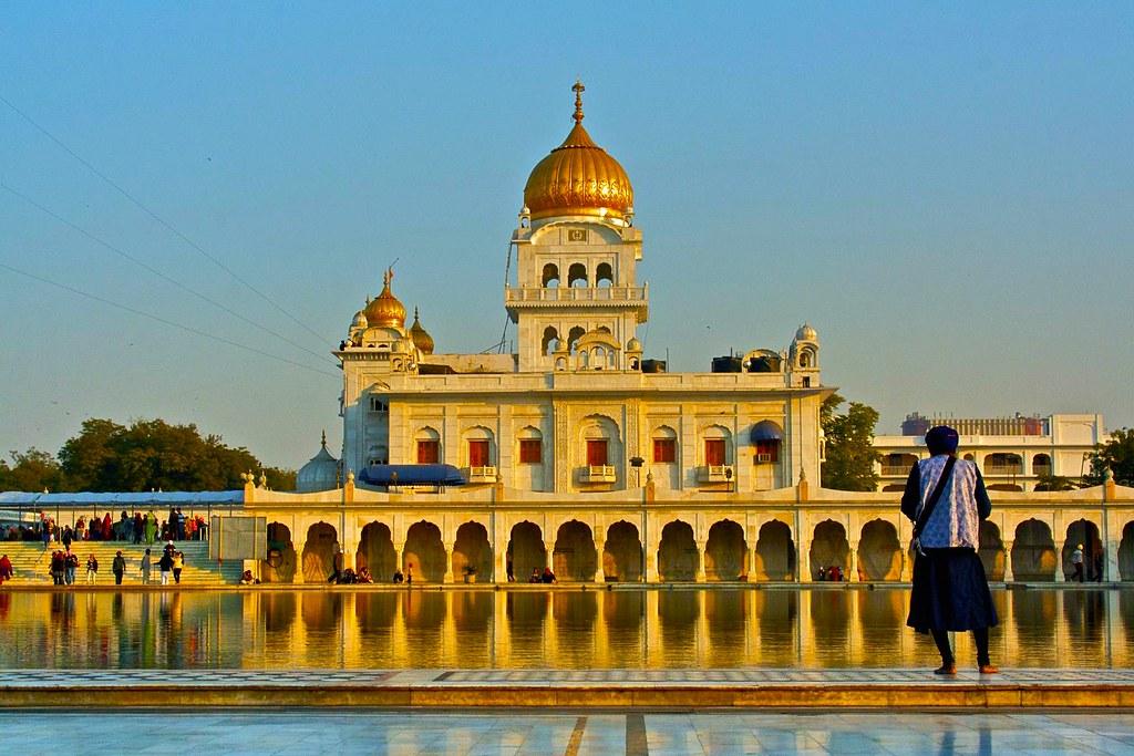 Gurudwara Bangla Sahib New Delhi, India - Location, Facts ...