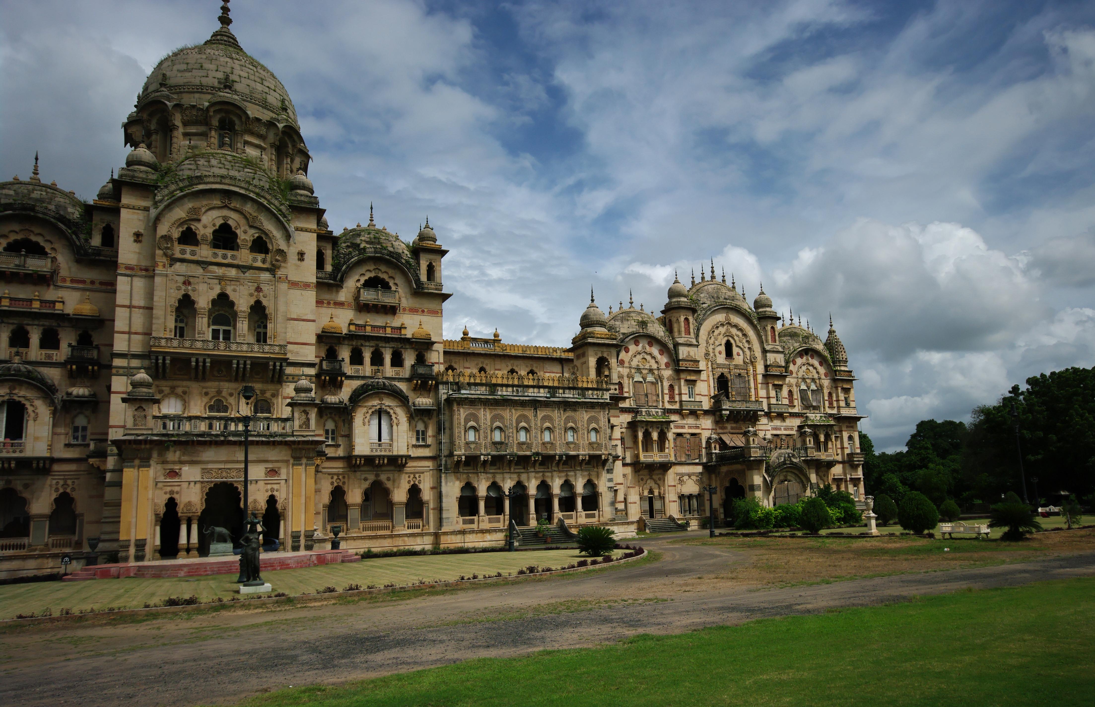 The Lakshmi Vilas Palace Vadodara Entry Fee The Lakshmi