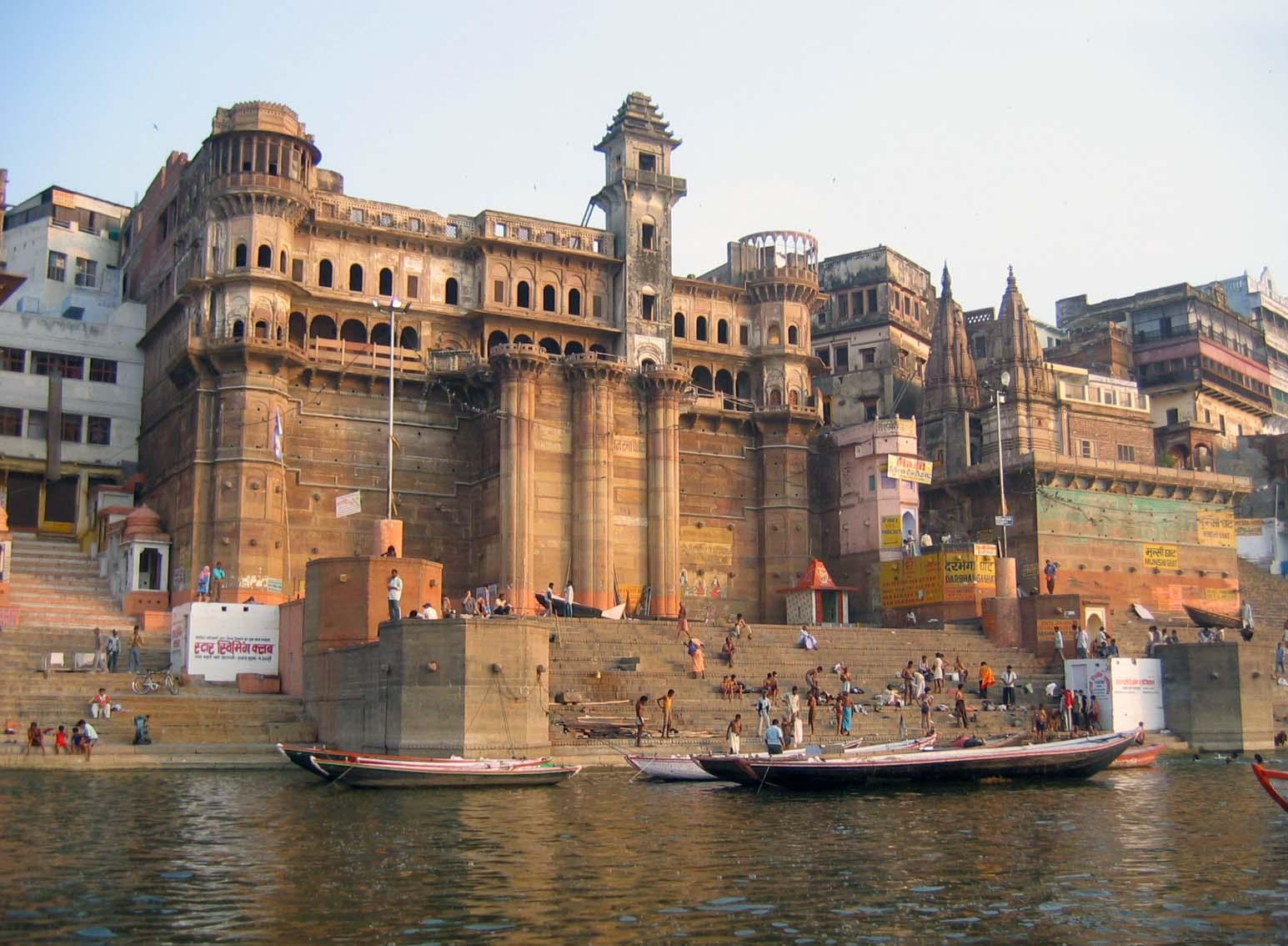 Varanasi to Darjeeling - 6 ways to travel via train, plane