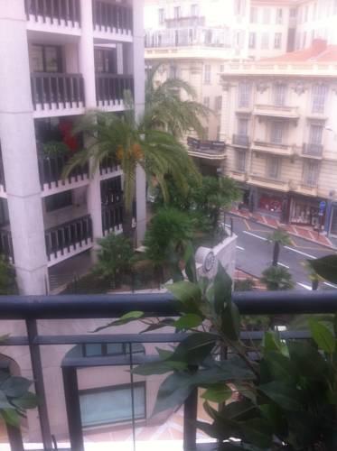 Hotels Near La Lp
